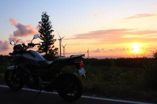 NC700X & Windmills at Sunset 3