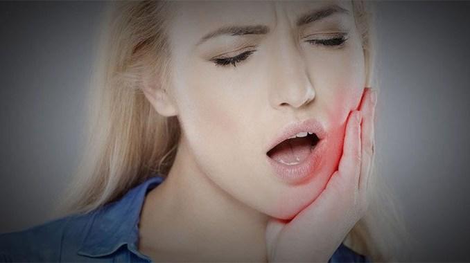 Douleur après un implant dentaire