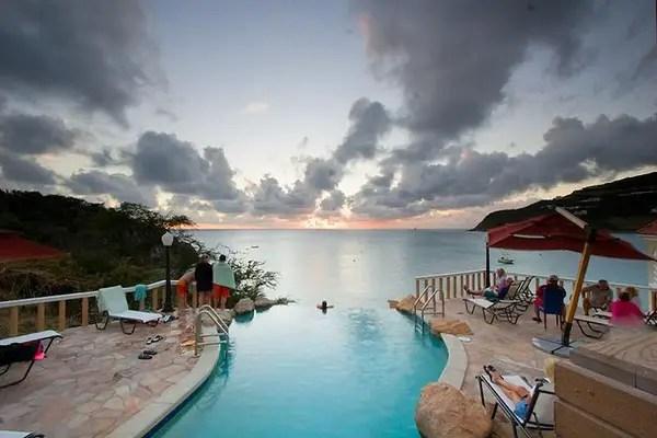 Infinity Pool Tourism on the Edge14