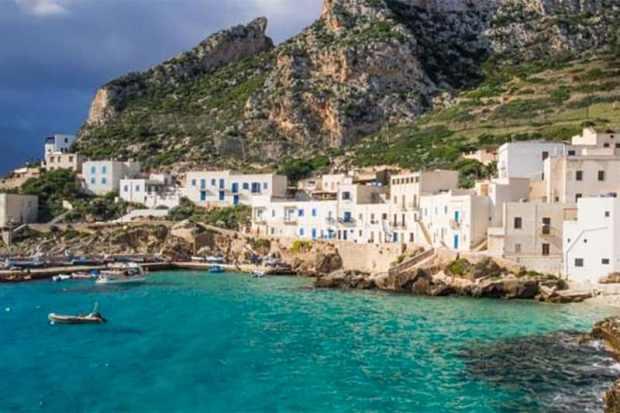 Cala Dogana, Levanzo, Sicily