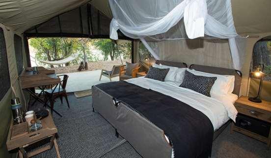 Tsowa Safari Island tent bed