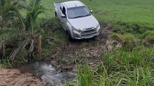 Isuzu D-MAX resending into a stream at KwaNzimakwe Multi-Trail Park