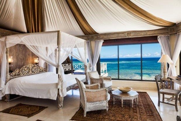 Alfajiri Cliff Villa Master Bedroom