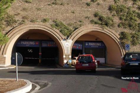 Parking Gianicolo für das Auto in Rom