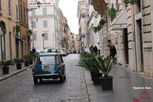 Individuelle Touren in Rom fiat-500-160416-6416