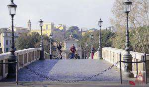 Walking in Rome City walking