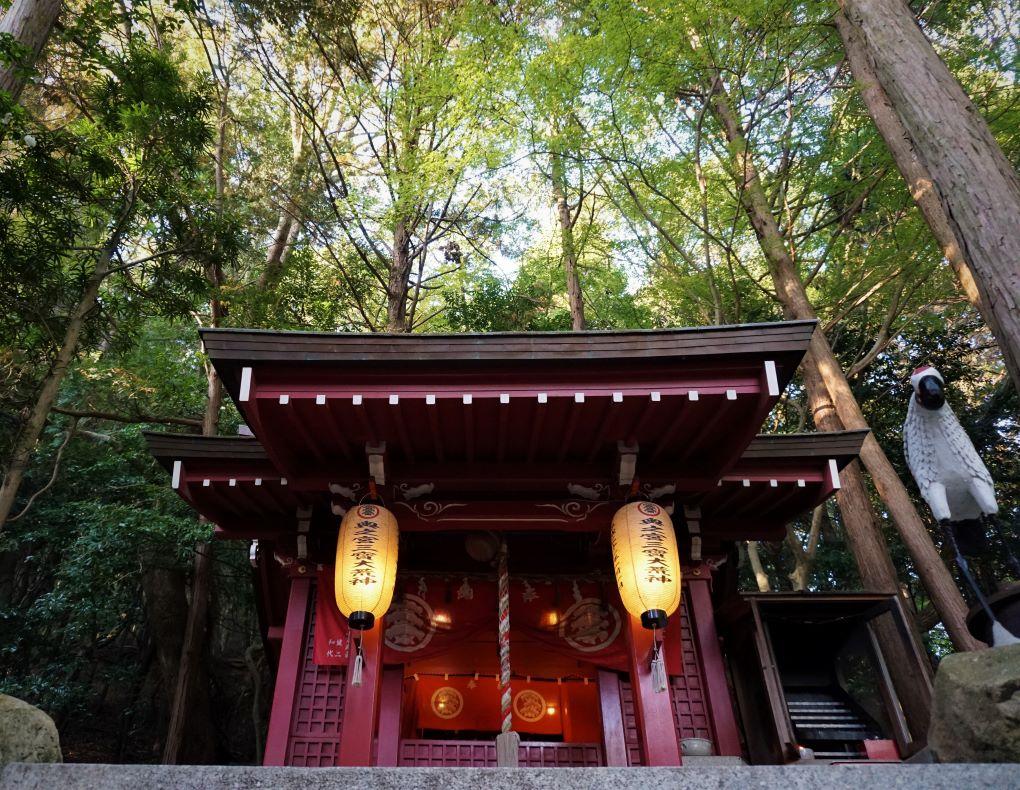 Forest shrine at Miyajidake Shrine, Fukutsu. © touristinjapan.com