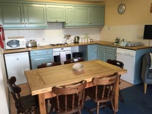 Clive's Cottage Kitchen