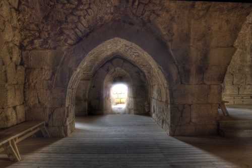 Nimrods Fortress - Arched tunnel in Great Room. Image: Boruch Len