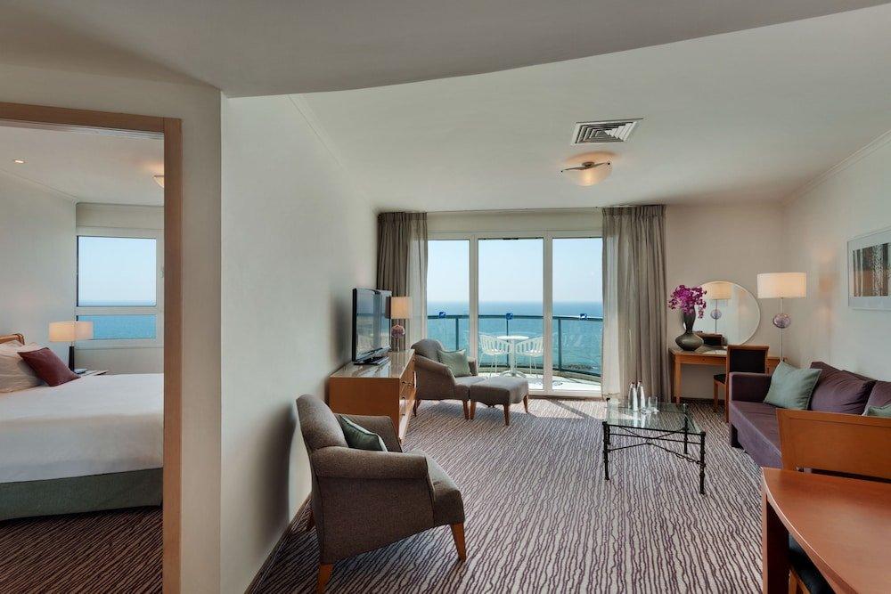 Best Family Hotels in Tel Aviv - Isrotel