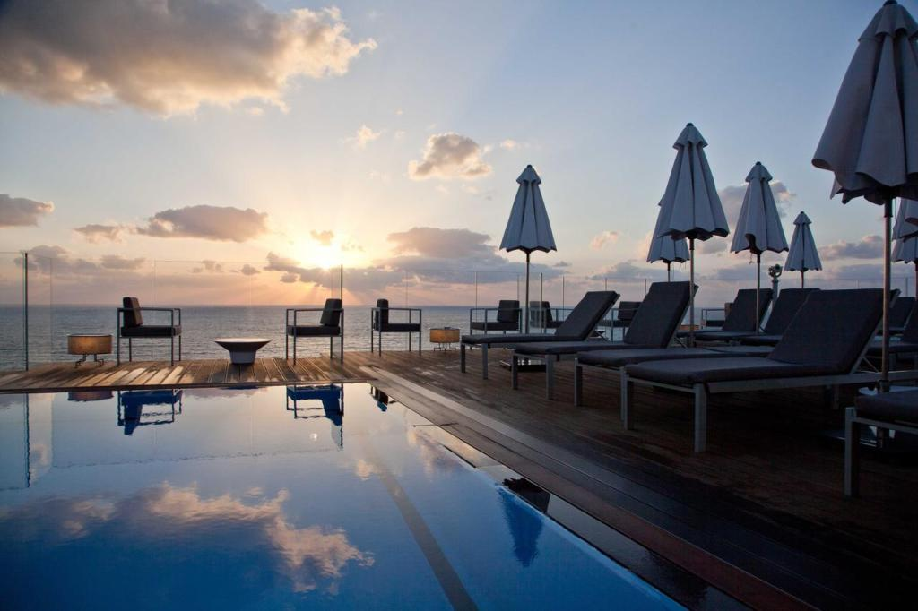 Best Luxury Hotels in Tel Aviv - Carlton Tel Aviv Hotel