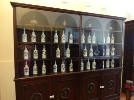 medicine jars in Museo de la Farmacia