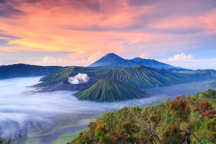10 Top Tourist Attractions In Indonesia With Map Photos Touropia