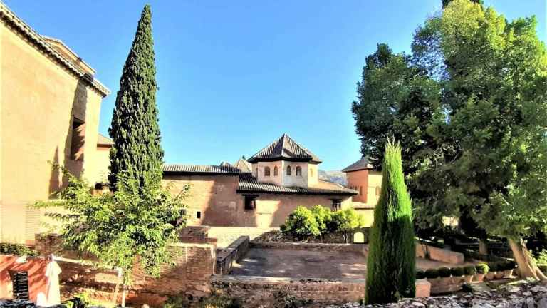 Alhambra & Granada private trip