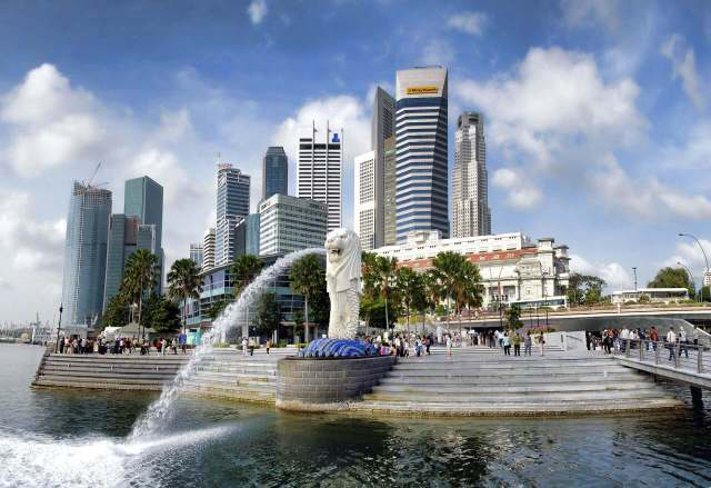 Top 10 Tourist Attraction To Visit in Singapore