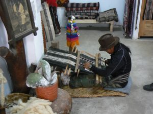 artisan weavers in Ecuador