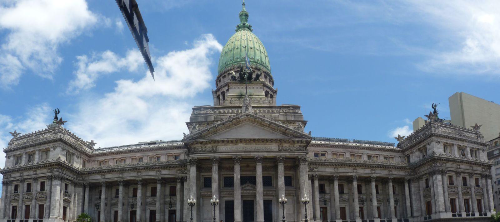 buenos-aires-5_centro_plaza-del-congreso_congres-national