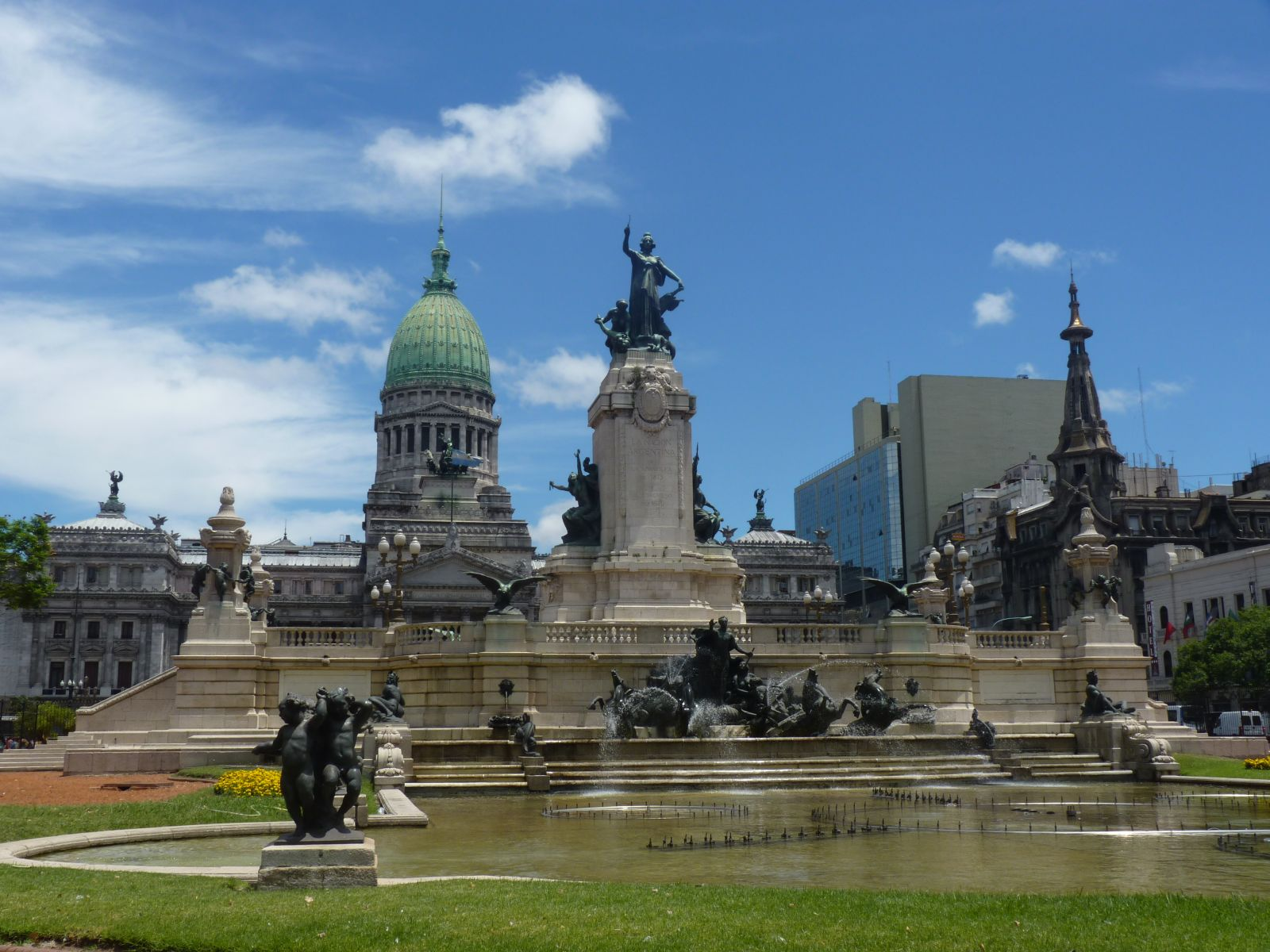 buenos-aires-6_centro_plaza-del-congreso