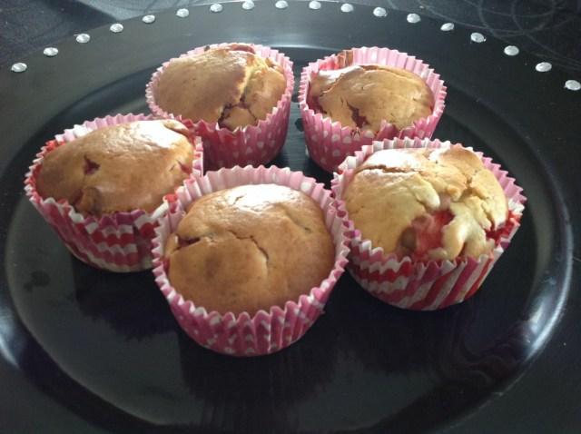 muffins aux fraises (du jardin!) et à l'huile d'olive 2