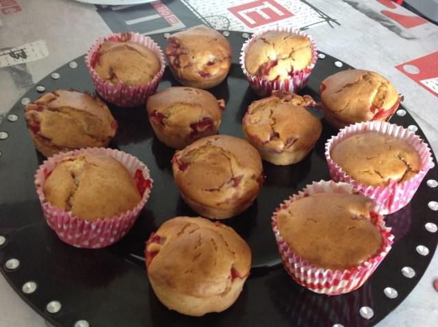 muffins aux fraises (du jardin!) et à l'huile d'olive 3