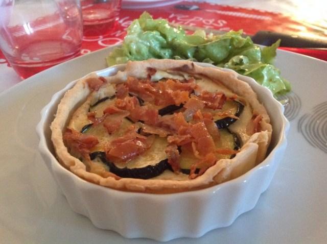 tartelettes-ricotta-courgette-bacon-cuites