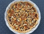 Tarte salée d'automne (bleu- jambon sec – figues – noix – miel)