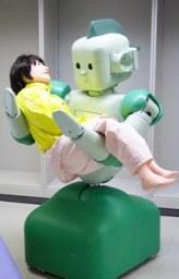 RI-MAN, un robot médical créé en 2006 par Riken