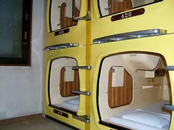 capsule-hotel-insolite