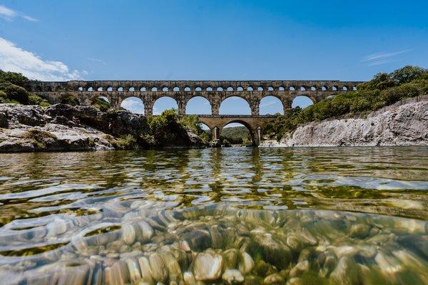Pont du gard site touristique occitanie