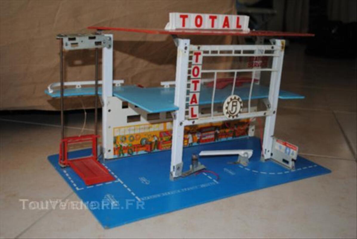 ancien garage total fj france jouets en