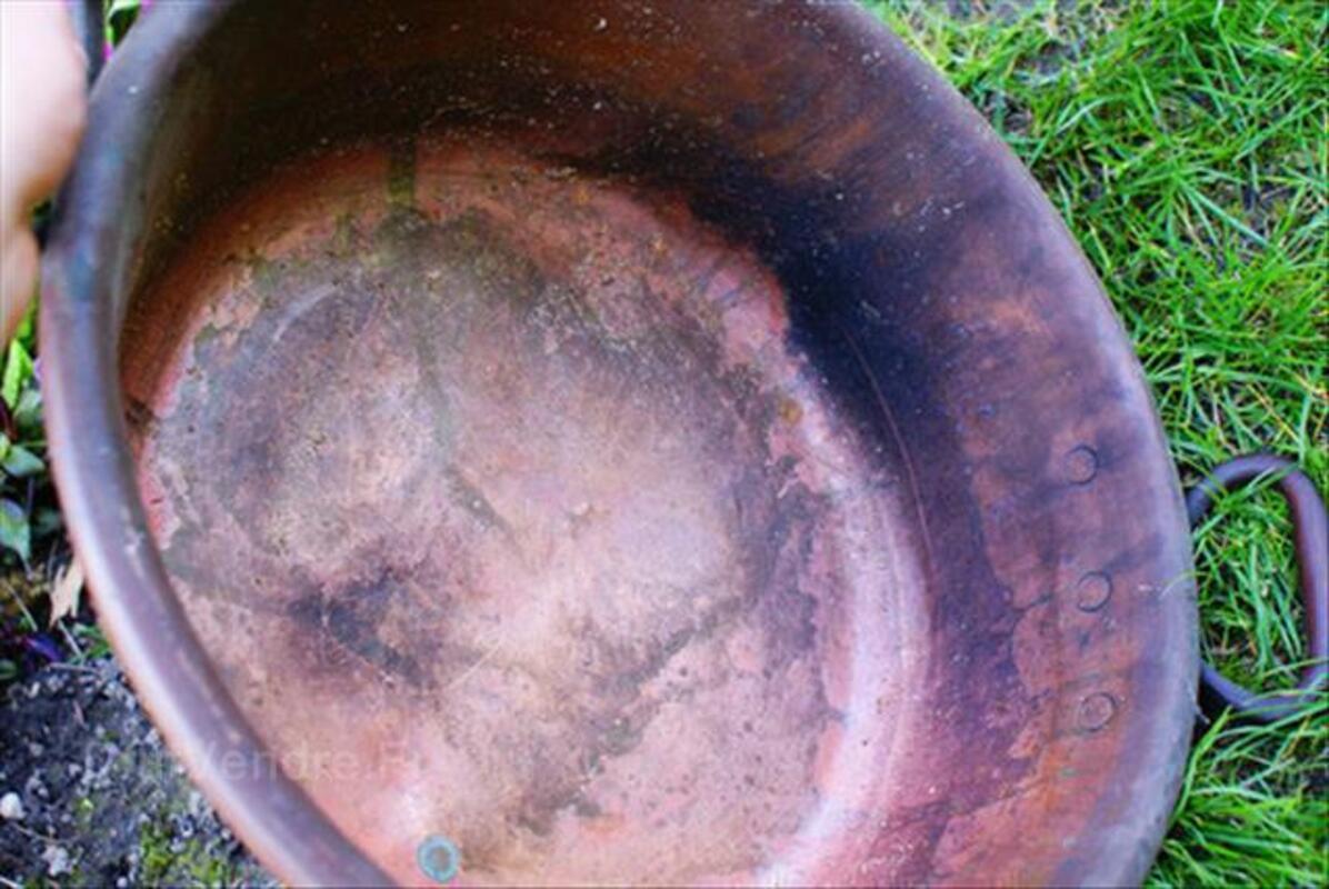 ancienne bassine a confiture en cuivre