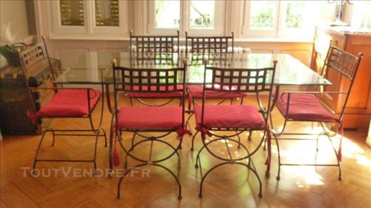 table salle a manger fer forge et verre