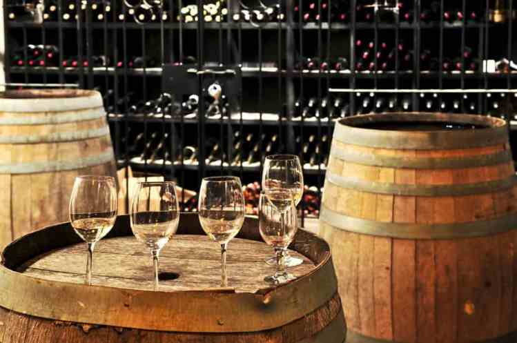How to Stop Fermentation in Wine