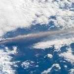 Alaskan Volcano Seen Erupting from Space: PHOTOS