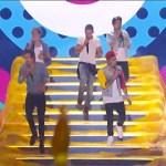 One Direction Performs 'Best Song Ever' At Teen Choice Awards: VIDEO