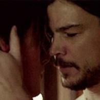 'Penny Dreadful' Star Reeve Carney Discusses Make-out Session with Josh Hartnett: VIDEO