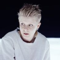 Robyn and Röyksopp's 'Monument' Video is a Stunning, Hypnotic, 2014 Space Odyssey: WATCH