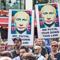 LGBT Russians Seeking Asylum in U.S. Face Significant Economic Hurdles