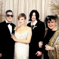 Sandra Bernhard Will Officiate Lea DeLaria's Wedding – VIDEO