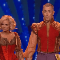 WATCH: Alan Cumming and Kristin Chenoweth's Gay Joke About Bradley Cooper at Tony Awards
