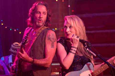 RICKI AND THE FLASH - 2015 FILM STILL - Pictured: Greg (Rick Springfield) and Ricki (Meryl Streep) - Photo Credit: Bob Vergara  ©2015 CTMG, INC All Rights Reserved. **ALL IMAGES ARE PROPERTY OF SONY PICTURES ENTERTAINMENT INC. FOR PROMOTIONAL USE ONLY. SALE, DUPLICATION OR TRANSFER OF THIS MATERIAL IS STRICTLY PROHIBITED.