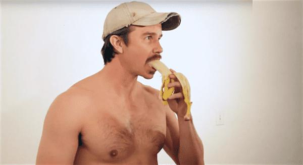 Do Straight Guys Eat Bananas The Same Way As Gay Guys -4861