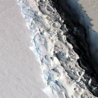 Trillion-tonne Iceberg the Size of Delaware Breaks off Antarctica in Historic Warming Event