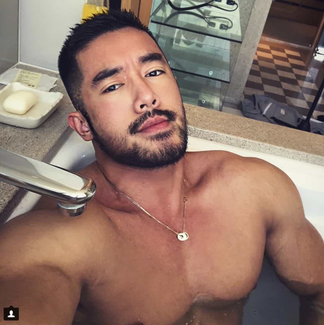 gay muscle pool porn