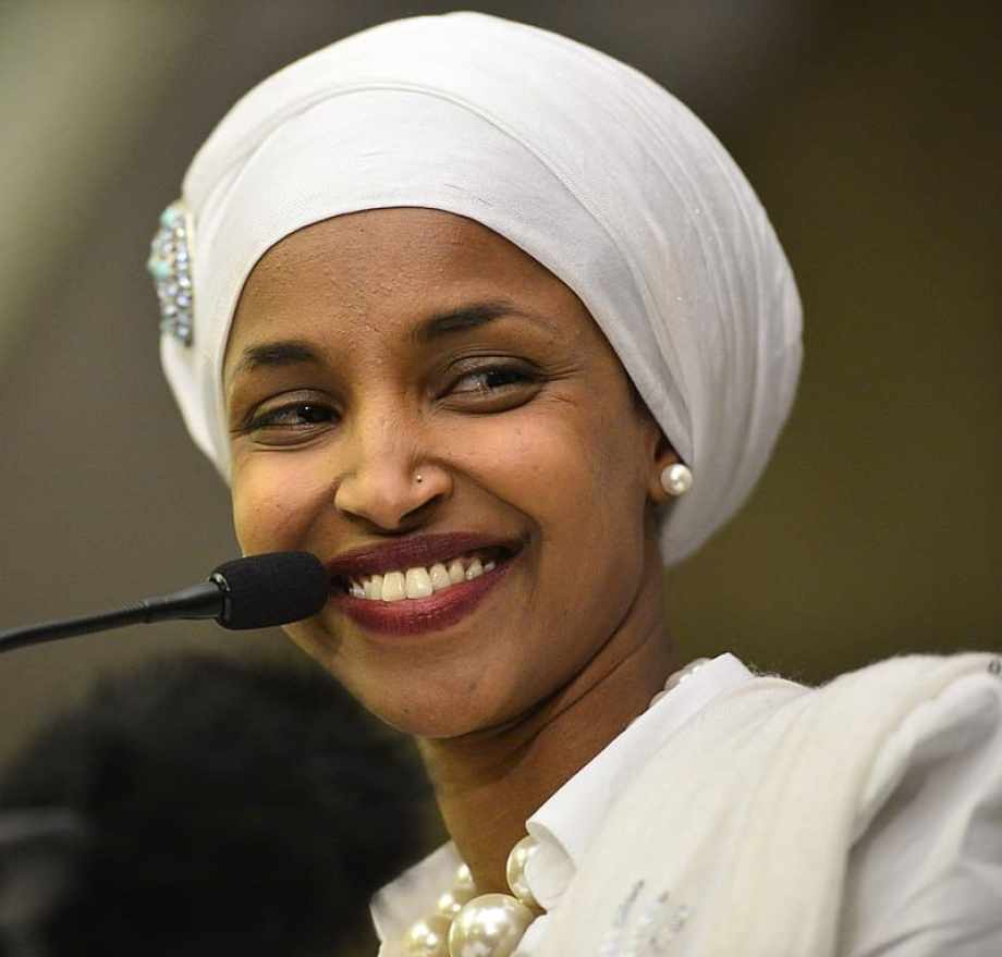 president trump tells ilhan omar she should quit over anti