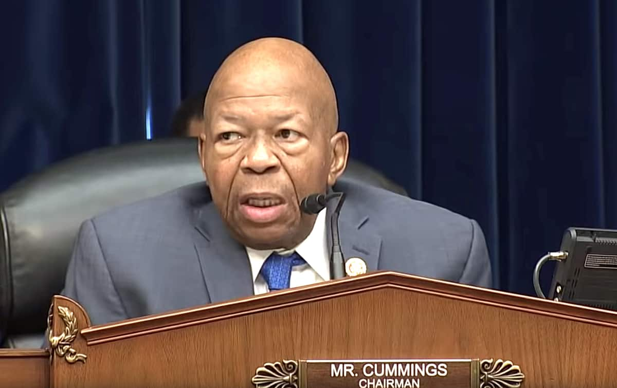 Rep. Elijah Cummings passes away at age 68