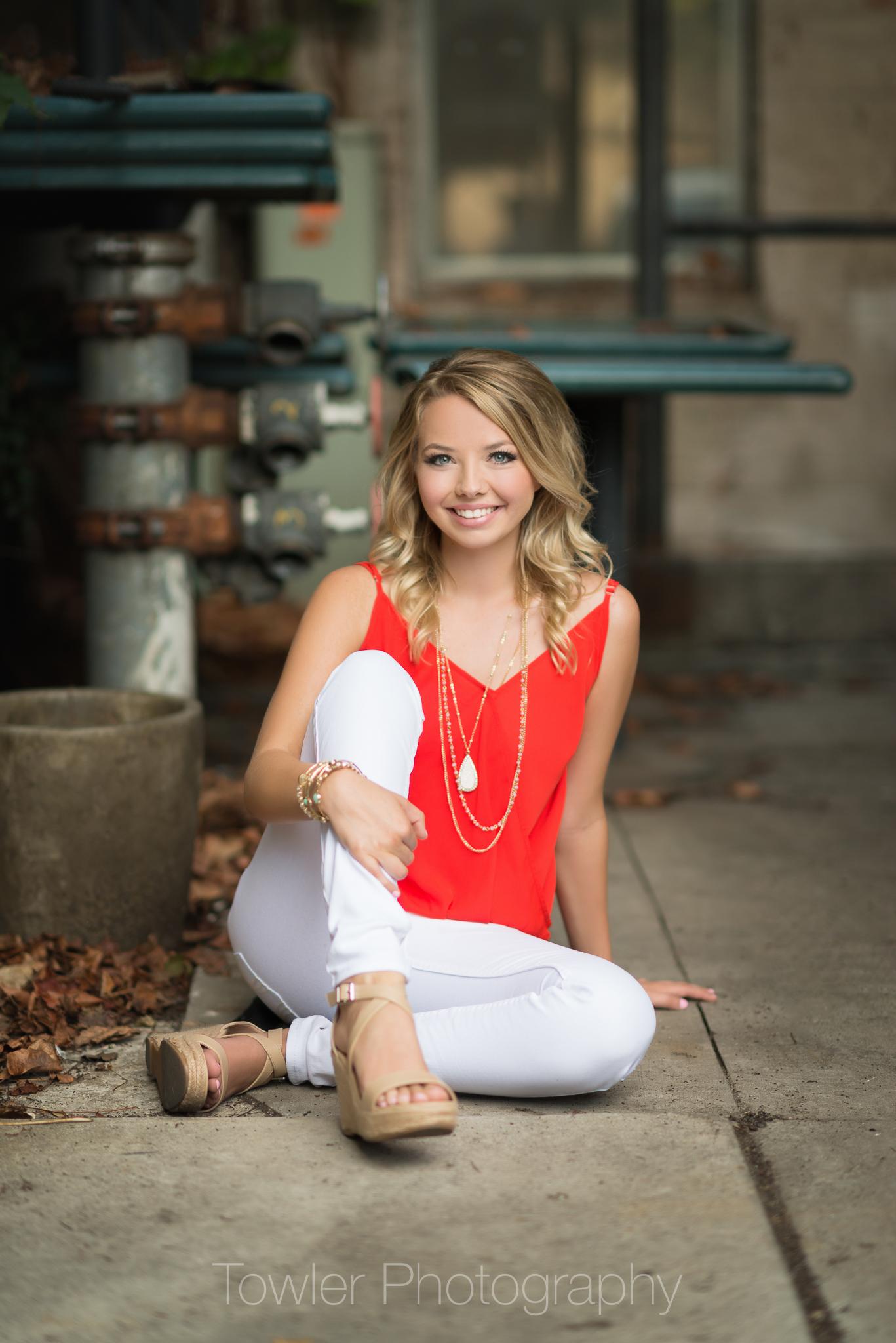 IvySEEN-Towler Photography-Senior-KL-Iowa City-89