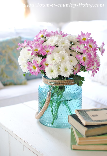 Farmhouse Style Spring Decor Town Amp Country Living