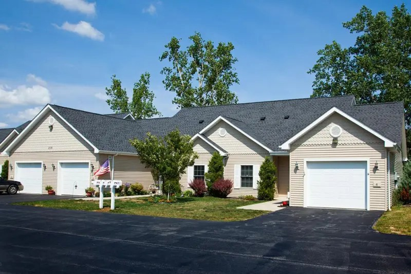 independent senior patio homes for rent