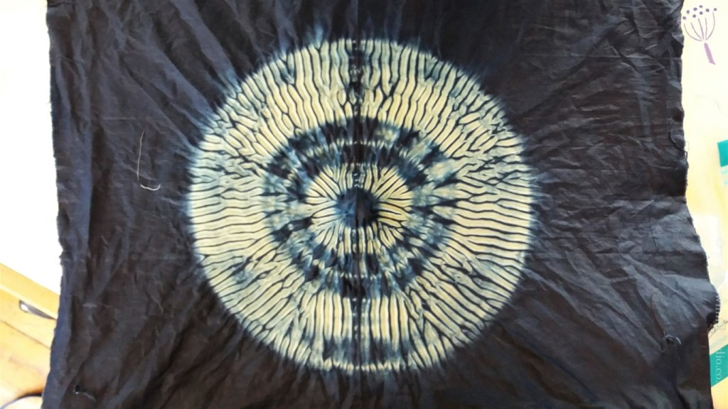 Another shibori circle pattern